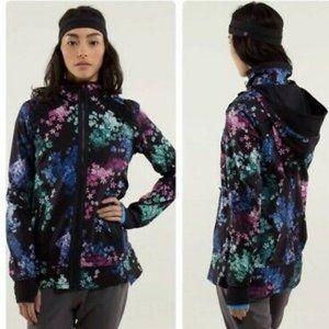 Lululemon Run: Bandit Jacket Petal Pop Multi 6